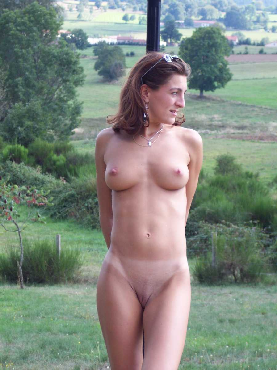 Hot women completely naked