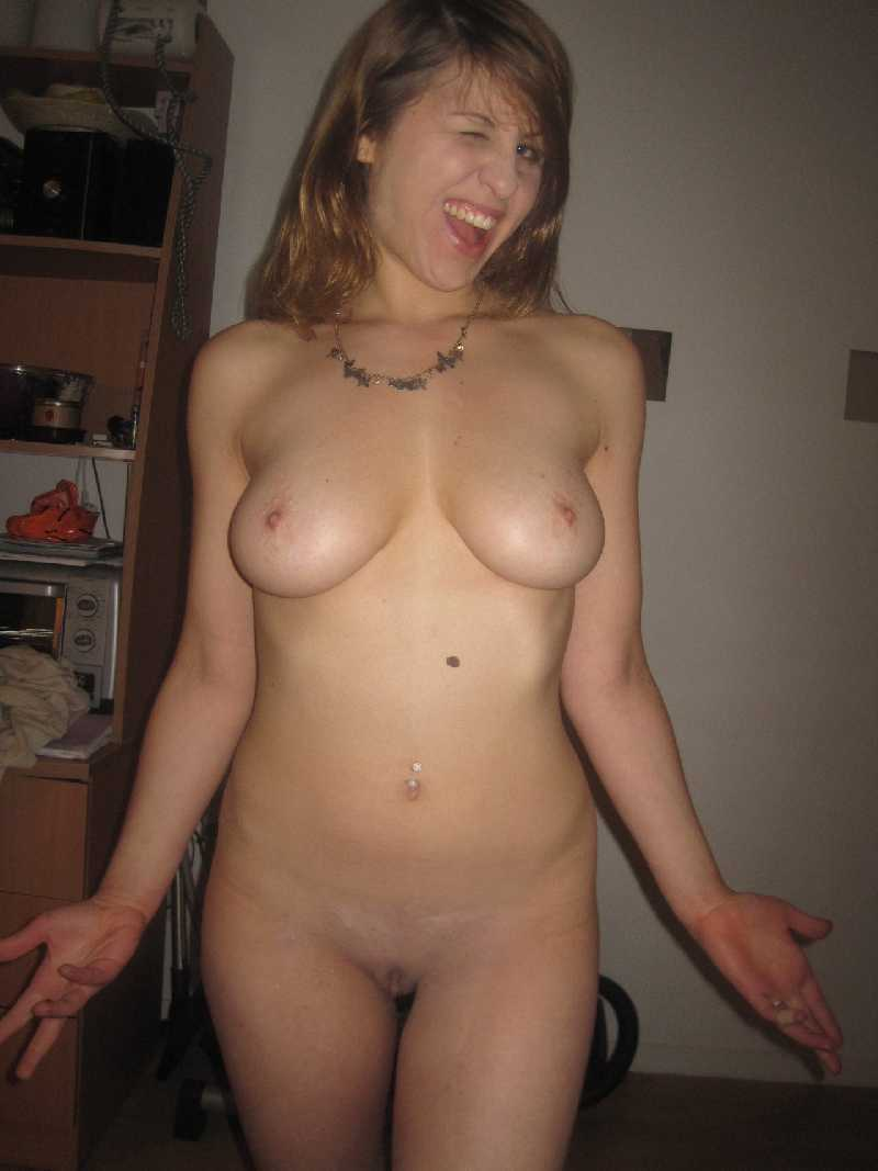 naughty girls - amateur nude women pictures