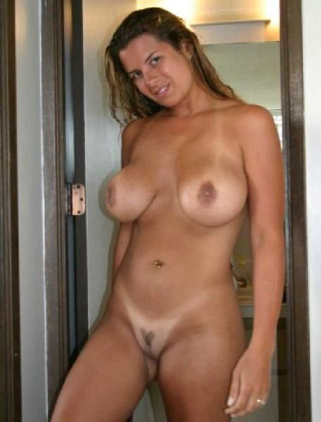 Curvy woman with huge tits fucking