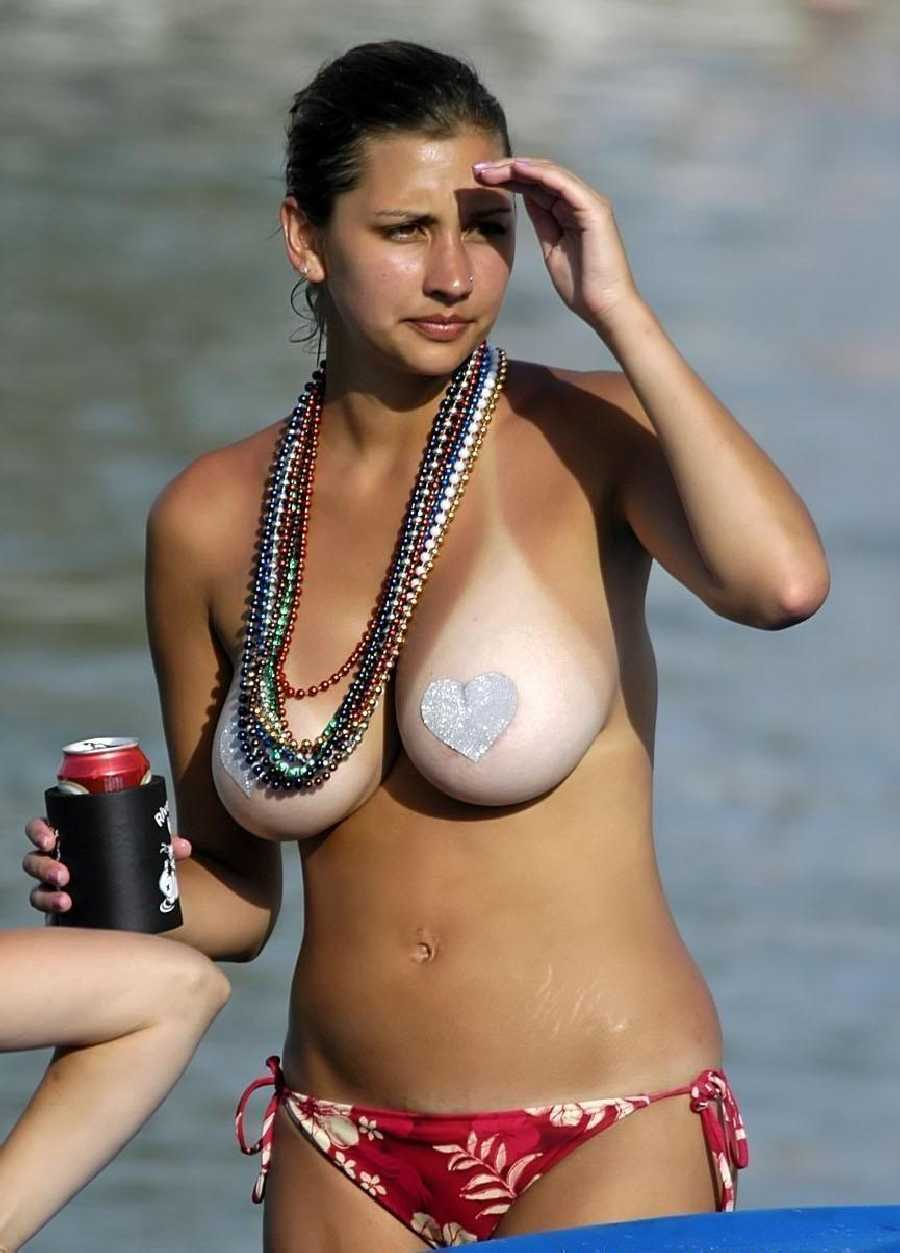 nice tits - pictures of girls topless