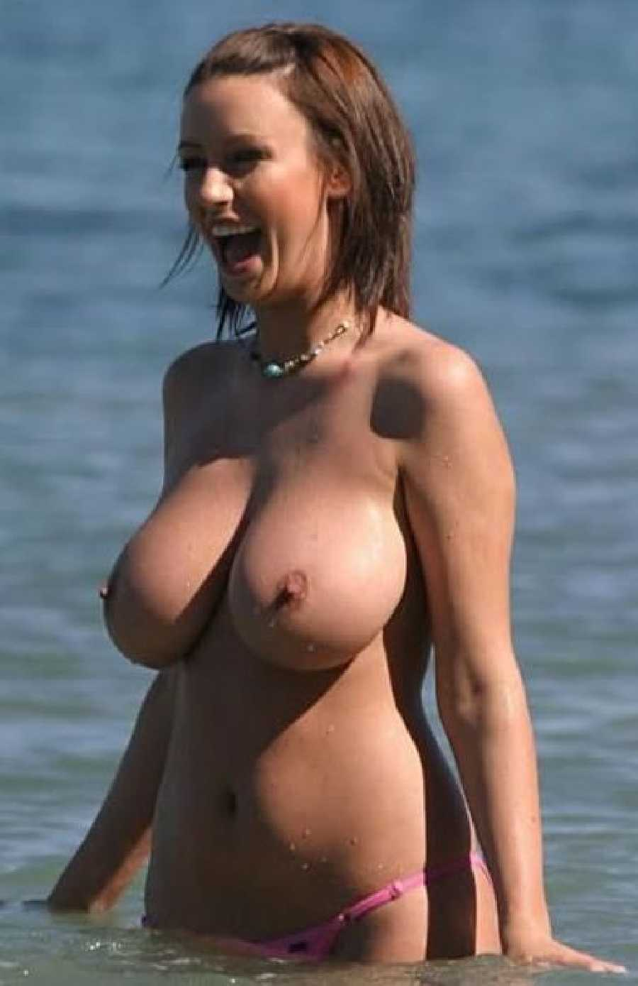 Pics of girls with nice tits