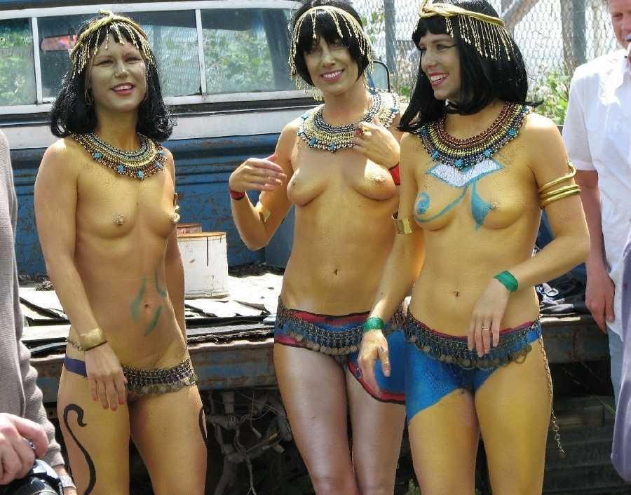 nude-women-in-egypt