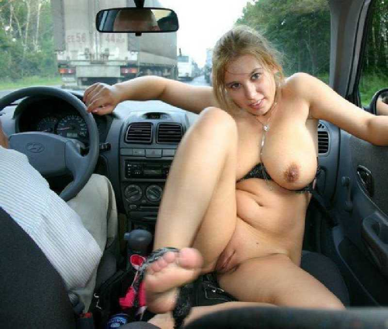 naked-girl-with-car