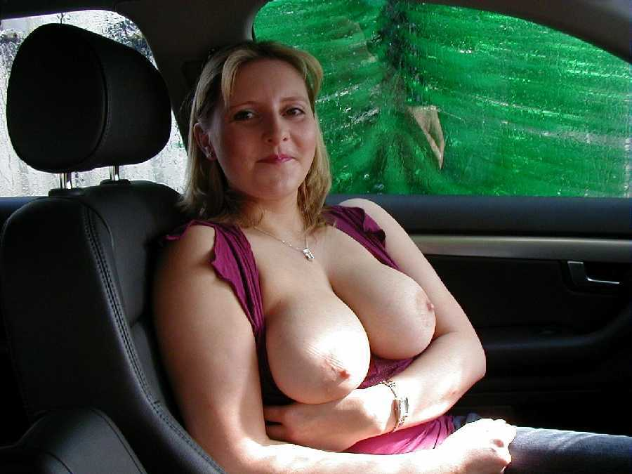 porn-hot-girl-driving-with-tits-out