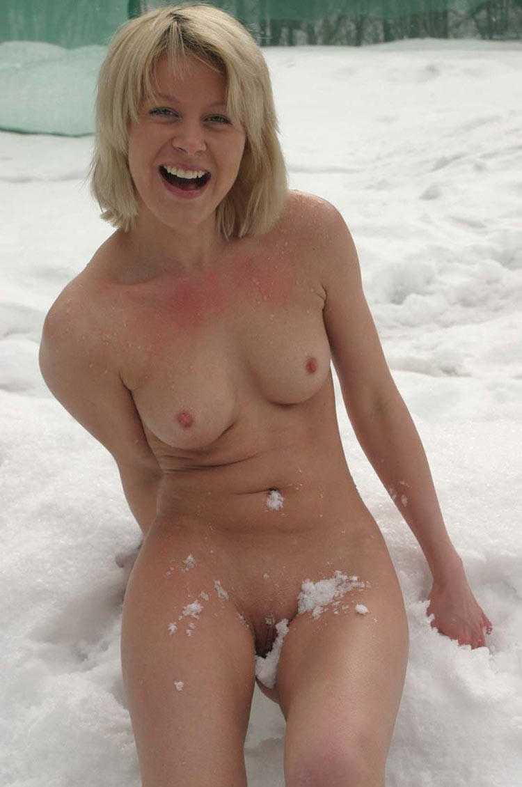 Nude and moms