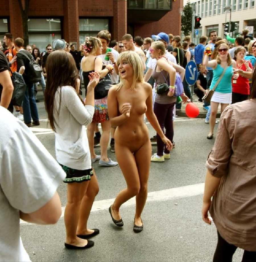 naked-city-girls-dale