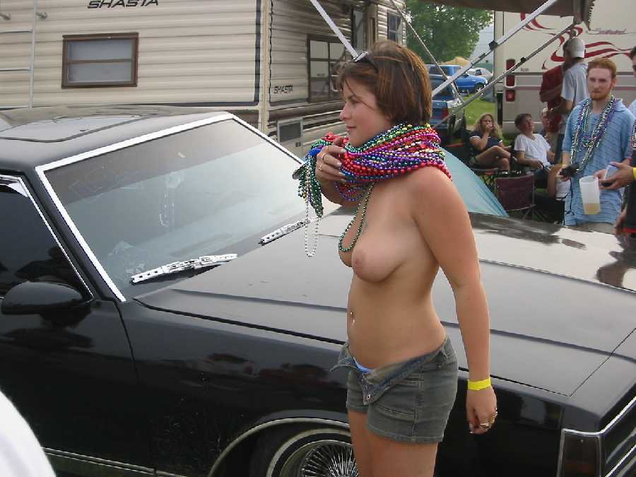 Public Flashing Amateurs - Amateur Girls Naked