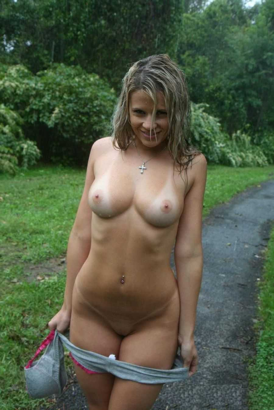 sexy-wet-babes-topless