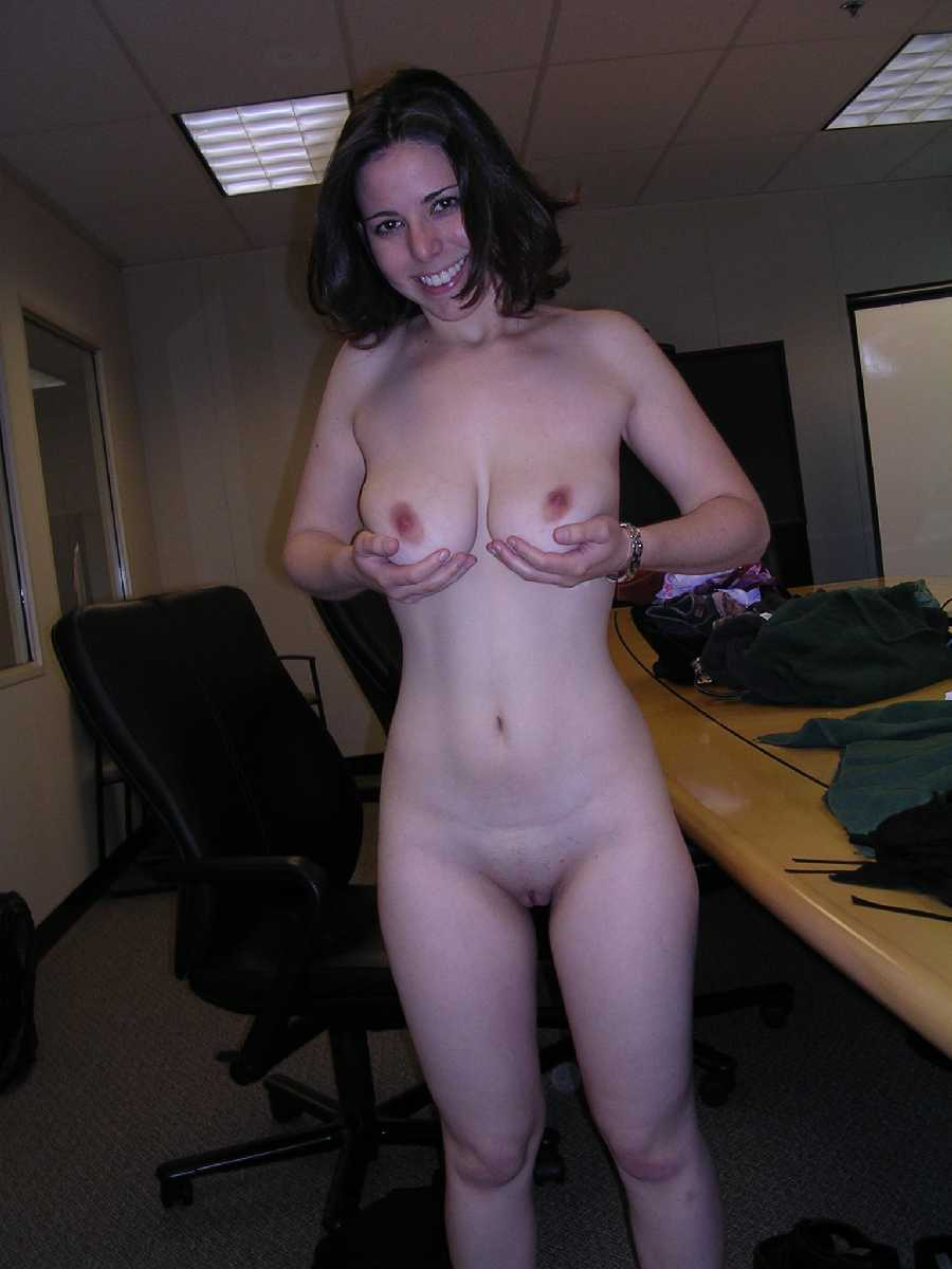 Naked pictures Girlfriends work