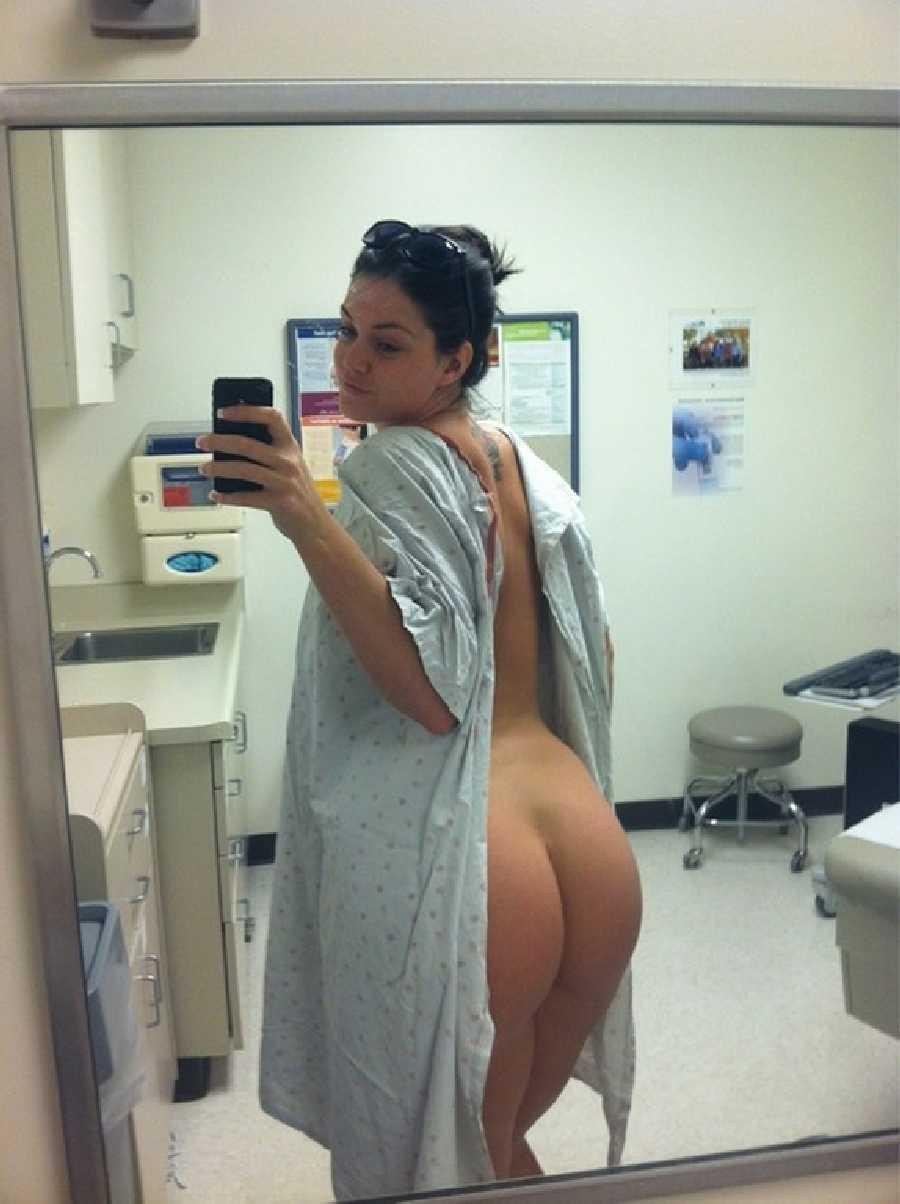 girl-naked-at-hospital-pics
