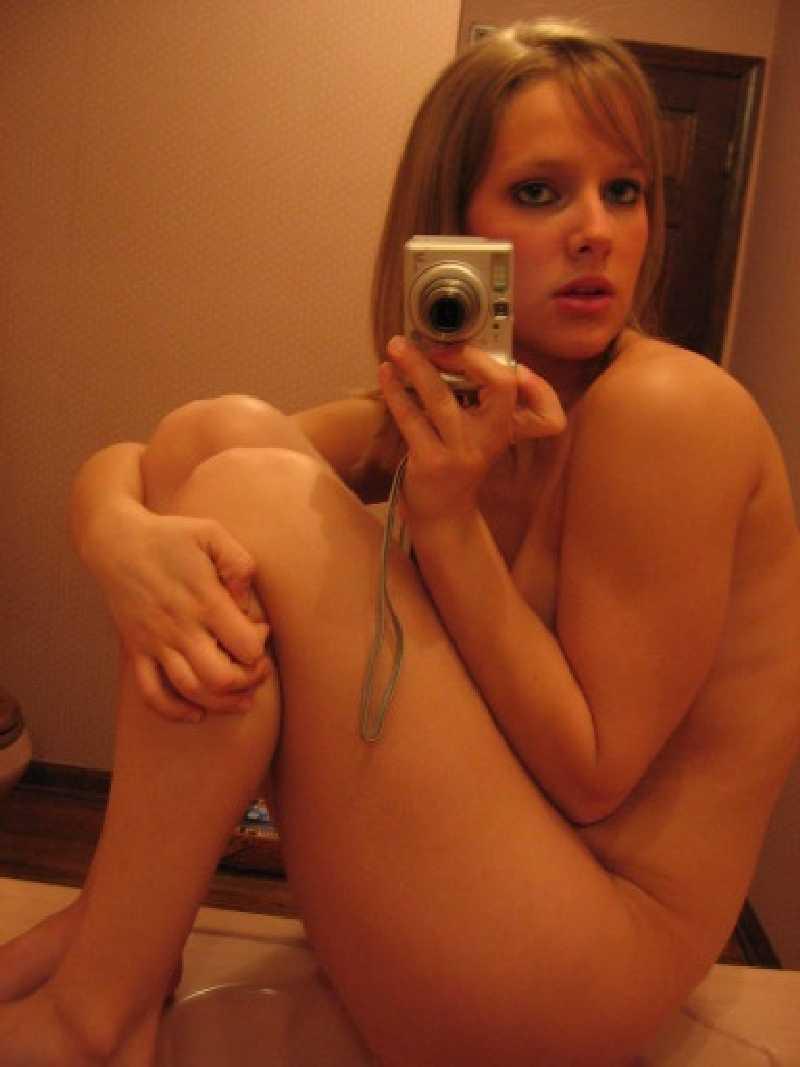Amatuer ventura girls naked self shot — 10