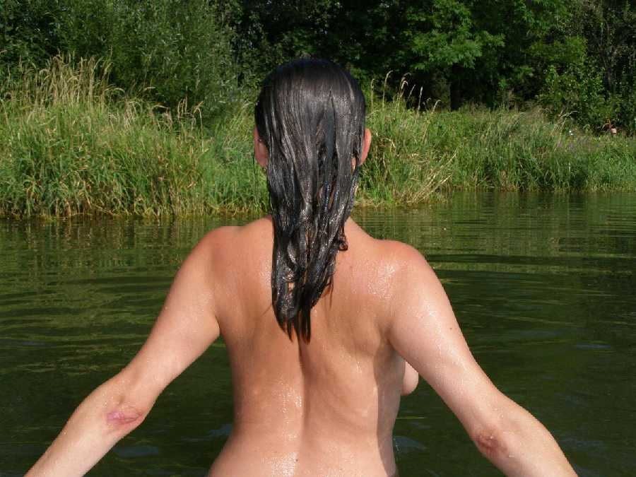 College girls skinny dipping