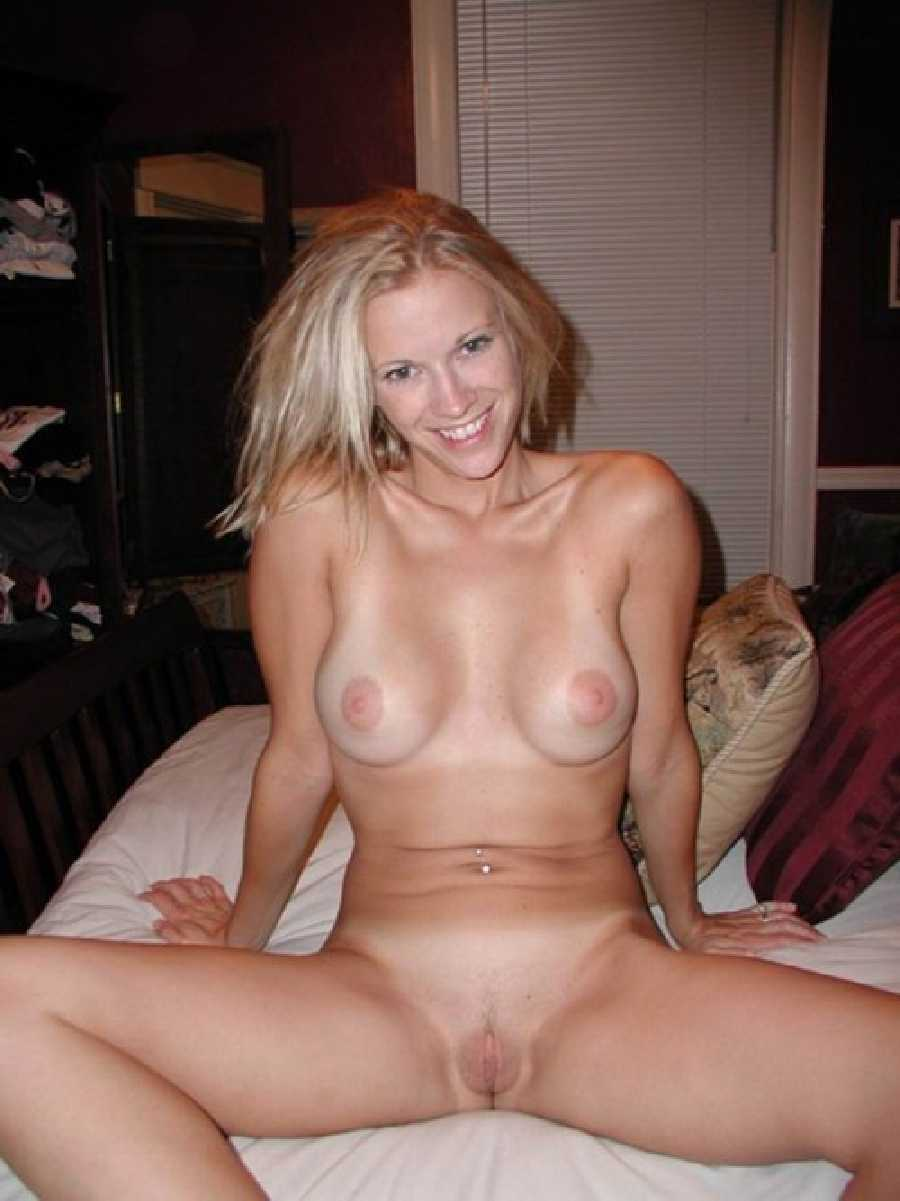Amateur female nude