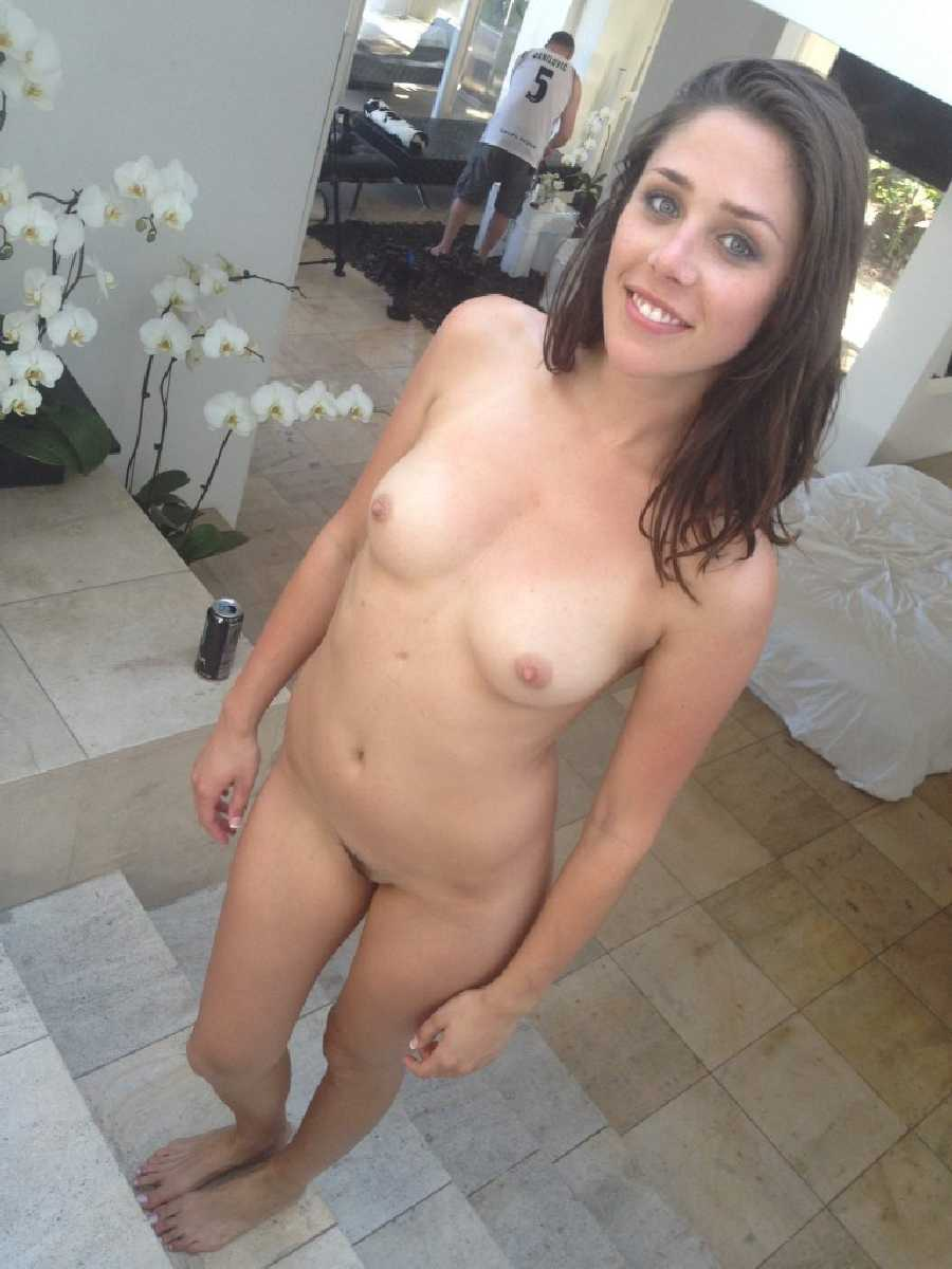real-girlfriends-naked-free
