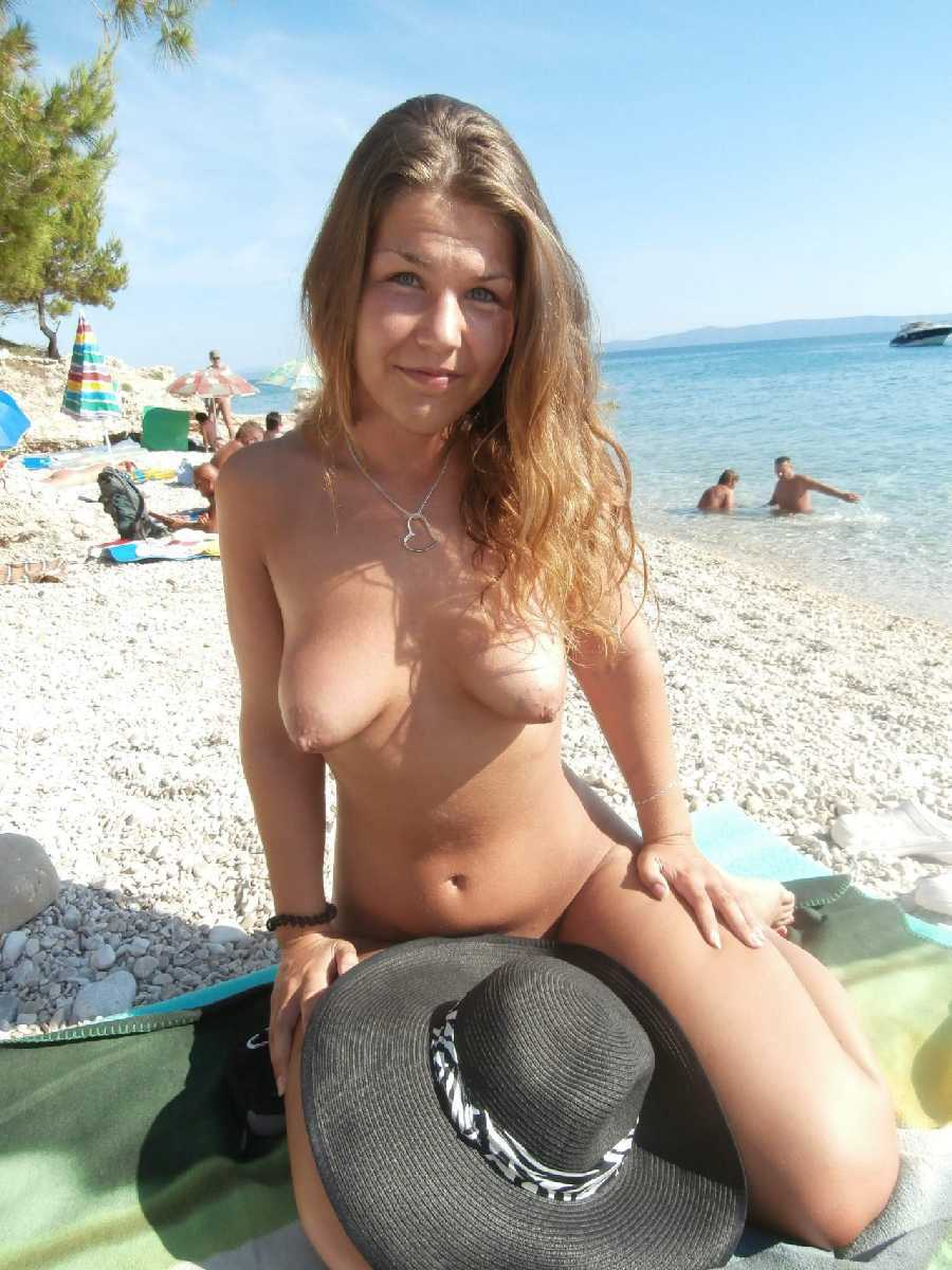 Beach Sex girl at