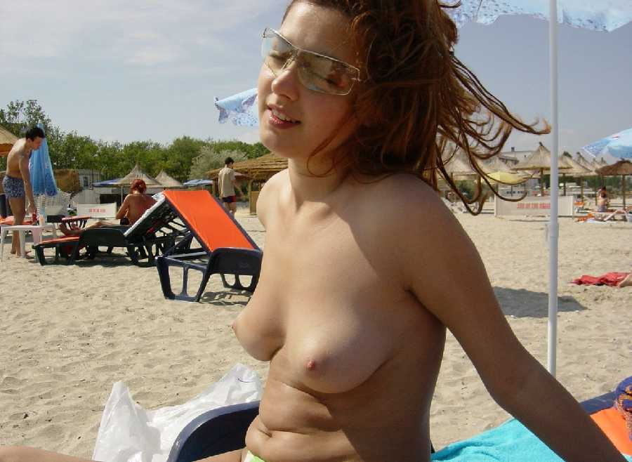 hot-topless-girls-pusse