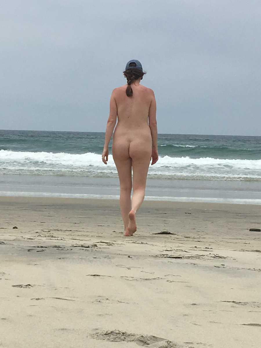 Nude Beach and Hotel Room Pics