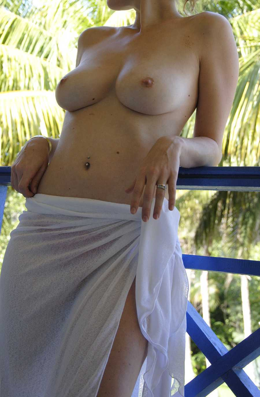 Topless Girlfriend