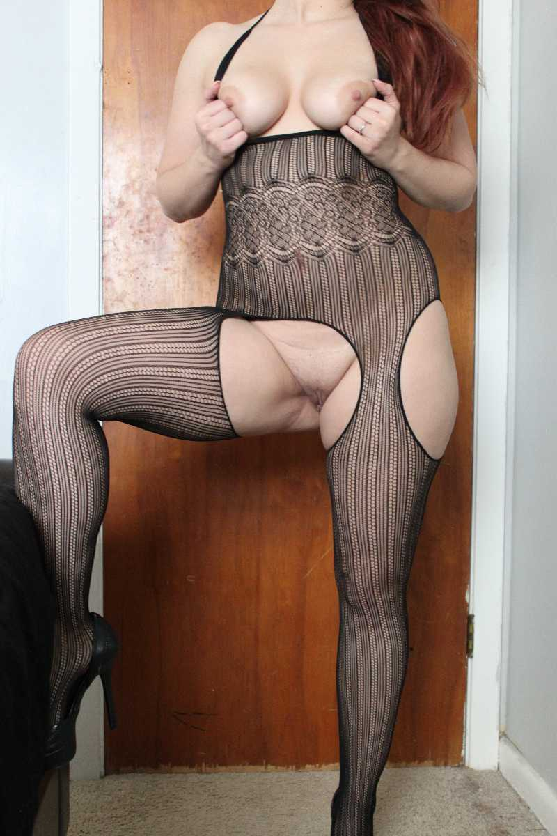 Wife in Fishnet