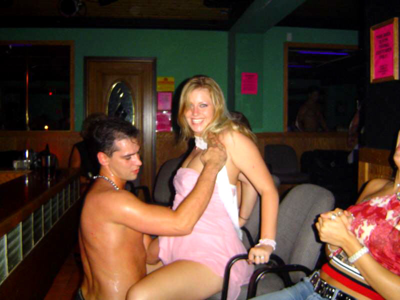 Hot babe getting cum facial