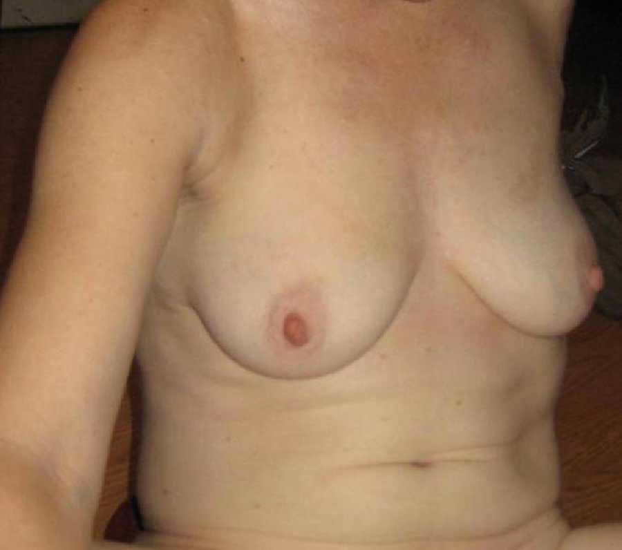 Nude Wife Pic